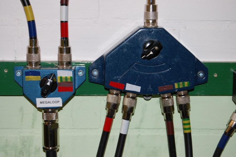 close_up_for_coax_stub_switches