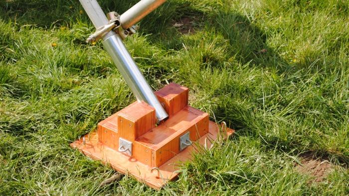 Budget Tilt-Over mast from Barenco | DX Commander - Amateur Radio